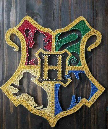 Von Larissa: Selbstgemachtes Hogwarts Wappen